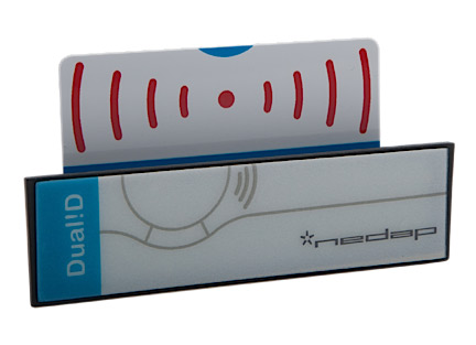 UHF Dual! D card holder